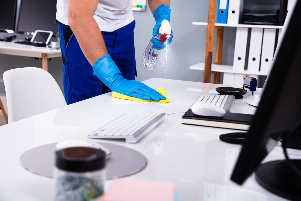 A Checklist To Follow When Choosing Your New Office Cleaning Services