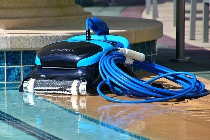 Things to know about robotic pool cleaners